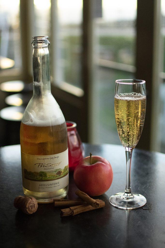Vanaf heden!! Prisecco alcoholvrij. Een bruisend frisse Sinfonie van appel, rabarber en rode mosterdblad.